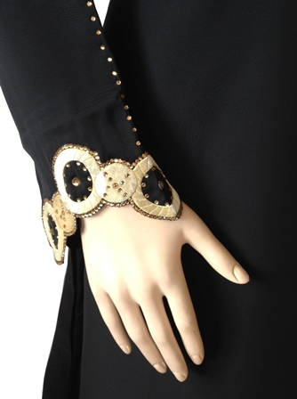crystal abaya sleeve view