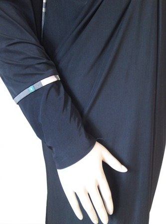 burberry abaya sleeve view